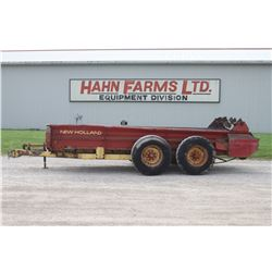 NH 679 tandem axle manure spreader, top beater