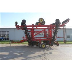 "2013 Sunflower 6631 40' splitwing verticle till, 11"" flat bar reel, hyd. leveling, single point dept"