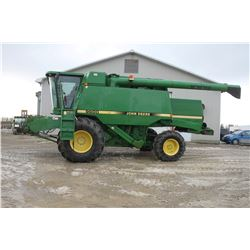 JD 9600 4wd combine, 17' auger, chopper, chaff spreader