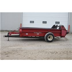 CIH 550 single axle manure spreader, top beater