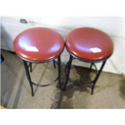 2 METAL BAR STOOLS