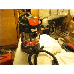 KUBOTA STAINLESS STEEL SHOP VAC