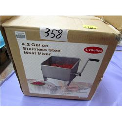 4.2 GALLON MEAT MIXER (STAINLESS STEEL)