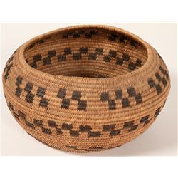 Vintage Step-Pattern Paiute Basket  #109911