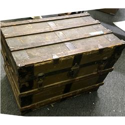 Vintage Steamer Trunk  #110742