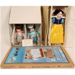 Disney's Snow White and Marian Yu twins dolls  #109881