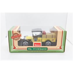 1916 Studebaker delivery truck coin bank 1:25