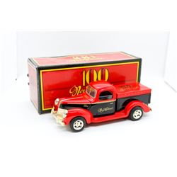 New Holland 100th Anniversary 1940 Ford Pickup 1:25