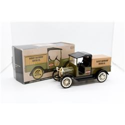 1916 Studebaker pickup bank 1:25 Harley-Davidson