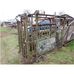 LIVESTOCK CATCH PEN