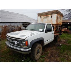 1994 CHEVROLET 2500 GRAIN TRUCK; VIN/SN:1GCGK24K2RE311543 --5.7L GAS ENGINE, A/T, GENE'S CATFISH FEE