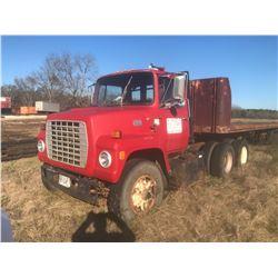 1981 FORD 9000 TRUCK TRACTOR, VIN 1FDXR90WXBVJ40696 T/A, 240 HP CUMMINS ENGINE, 13 SPEED TRANS, 34K