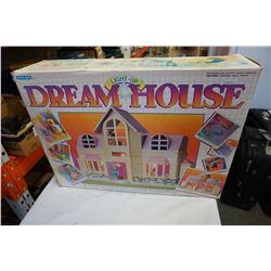BLUE BOX VINTAGE LIGHT UP DREAM HOUSE