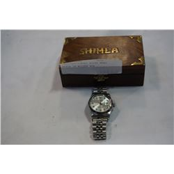UNAUTHENTICATED ROLEX MENS WATCH IN WOODEN BOX