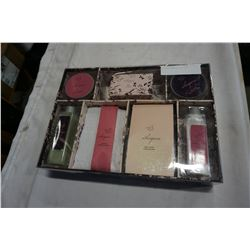 WHISPERS BEAUTY GIFT SET