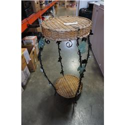 METAL AND RATTAN DECORATIVE PLANT STAND