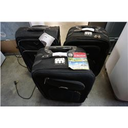 3 PIECES OF BLACK LUGGAGE