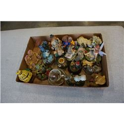 TRAY OF VARIOUS FIGURES