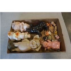 TRAY OF PIG FIGURES