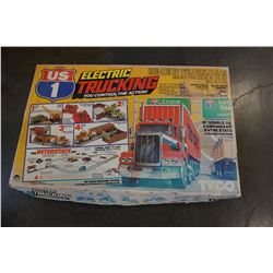 TYCO ELECTRIC TRUCKING SLOT TRUCK TRACK IN BOX