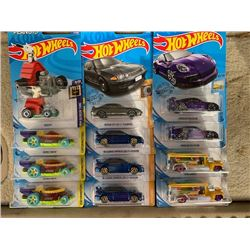 LOT OF HARD TO FIND AND TREASURE HUNT HOT WHEELS