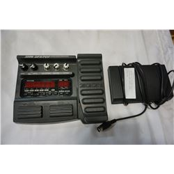 ZOOM GFX-707 GUITAR EFFECTS PROCESSOR AND SANYO FOOT CONTROLLER