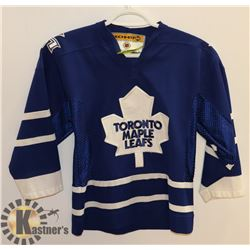 TORONTO MAPLE LEAFS SMALL JERSEY.