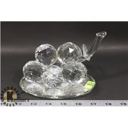 CRYSTAL GRAPES FIGURE
