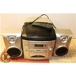 5 CD CHANGER WITH 3 SPEAKERS.