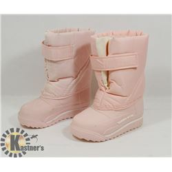 NEW WEATHER GUARD SIZE 9 GIRLS, KIDS WINTER BOOTS
