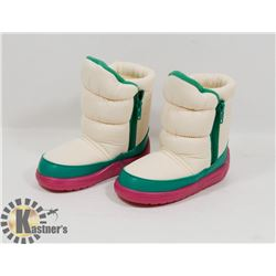 NEW GIRLS RAOUL PINK/GREEN/WHITE SIZE 6.5/24 KIDS