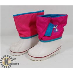NEW GIRLS SNO-DASH SIZE 6 BABY WINTER BOOTS