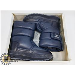 "NEW ""DASH"" BOYS SIZE 13 BLUE KIDS WINTER BOOTS"