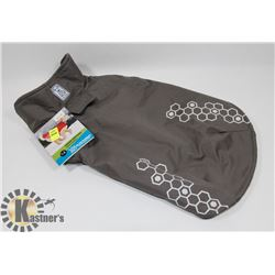 VENTURE OUTERWEAR FOR DOGS SIZE 14