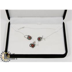 NECKLACE WITH PENDANT- CLEAR