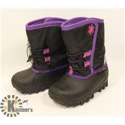 WEATHER SPIRITS GIRLS SIZE 6 WINTER BOOTS.