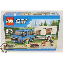 NEW LEGO CITY VAN & CARAVAN 250 PCS