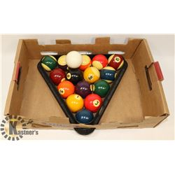 COMPLETE SET OF POOL BALLS AND TRIANGLE PLUS CUE