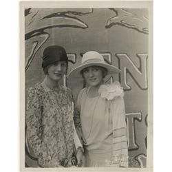 Mary Pickford (10) photographs.