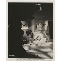 Doris Day (13) photographs.