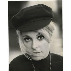 Sharon Tate (7) portrait photographs.