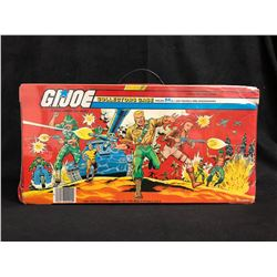 VINTAGE G.I JOE COLLECTOR'S CASE W/ FIGURES