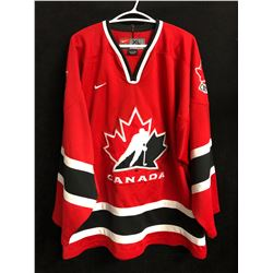 TEAM CANADA HOCKEY JERSEY (XL)