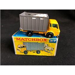 Matchbox #37 Dodge Cattle Truck