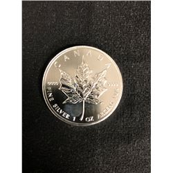 2012 CANADA 1oz .9999 Fine Silver Maple Leaf Coin $5