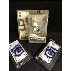 NHL FAN SOUVENIR LOT (WAYNE GRETZKY FIGURE/ CANUCKS CELL PHONE CASES)