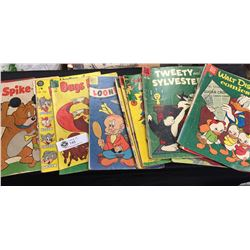 7 Vintage Dell Comics Walt Disney, Looney Tunes, Bugs Bunny etc