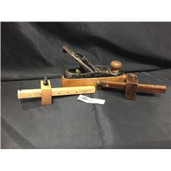 3 Vintage Wood Workers Tools Plane and 2 Wood Scribes