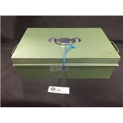 """Vintage Green Metal Cash Box with Key. Including 4- Slot Metal Tray 9.25"""" w x 4.25"""" H"""