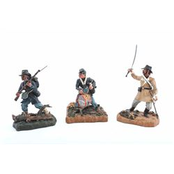 19PR-13A TOY SOLDIER LOT